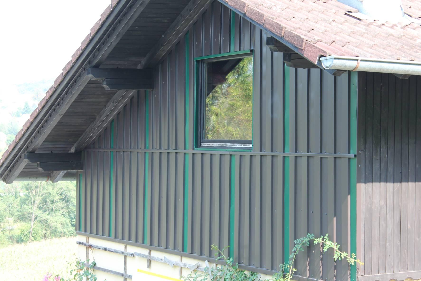 Ansprechend Fassade Mit Blech Verkleiden Foto Von Jpg?ipr=scale_800_600 3bdonotenlarge&nam=fassade 20liebenberger.jpg